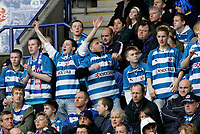 Photo: Marc Atkins.<br /> <br /> Leicester City v Reading. Coca Cola Championship. 25/03/2006. Reading fanc cheer their players on.