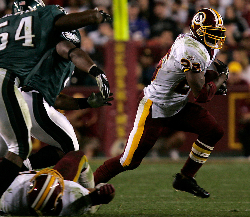 Jay Westcott/Examiner   SP  Nov. 6, 2005 - Washington Redskins vs. Philadelphia Eagles - #26 Clinton Portis turns the corner in the 4th quarter.  Portis finished with 21 rushes, 67 yards and a touchdown.