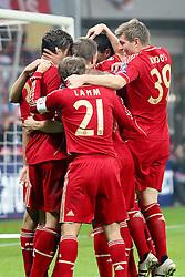 02.11.2011, Allianz Arena, Muenchen, GER, UEFA CL, FC Bayern Muenchen vs. SSC Neapel, im Bild Jubel nach dem 1-0 durch Mario Gomez (Bayern #33) mit Philipp Lahm (Bayern #21) Toni Kroos (Bayern #39) Thomas Mueller (Bayern #25) Bastian Schweinsteiger (Bayern #31)   // during the CL match  FC Bayern Muenchen (GER)  vs.  SSC Neapel  (ITA) Gruppe A, on 2011/11/02, Allianz Arena, Munich, Germany, EXPA Pictures © 2011, PhotoCredit: EXPA/ nph/  Straubmeier       ****** out of GER / CRO  / BEL ******