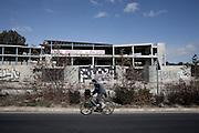 Abandoned construction in peripheral areas (Maratona road)