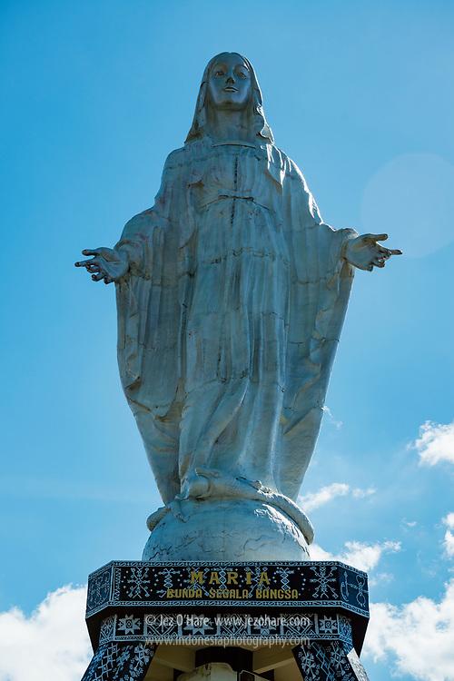 Patung Bunda Maria di Bukit Nilo, Maumere, Sikka, Flores, Nusa Tenggara Timur, Indonesia