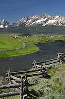 Sawtooth Mountains and Salmon River idaho