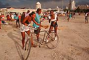 CUBA, HAVANA (HABANA VIEJA) Avenida Maceo, commonly called the Malecon; Havana's famous sea side drive is a popular place with Cubans