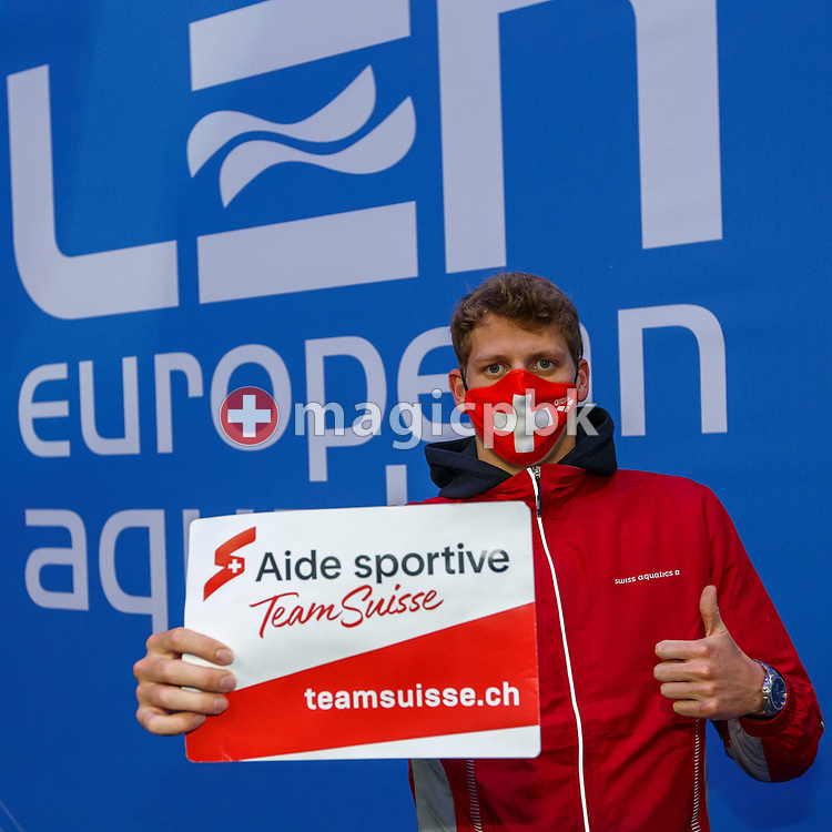 Nils Liess of Switzerland poses with Sporthilfe Team Suisse teamsuisse.ch sign during the swimming events of the LEN European Aquatics Championships in Budapest, Hungary, Saturday, May 22, 2021. (Photo by Patrick B. Kraemer / MAGICPBK)