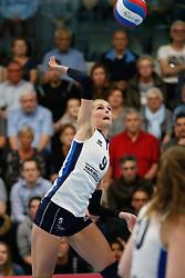20180425 NED: Eredivisie Sliedrecht Sport - Coolen Alterno, Sliedrecht <br />(L-R)  Carlijn Oosterlaken (9) of Sliedrecht Sport <br />©2018-FotoHoogendoorn.nl / Pim Waslander