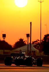 November 24, 2017 - Abu Dhabi, United Arab Emirates - Motorsports: FIA Formula One World Championship 2017, Grand Prix of Abu Dhabi, .#28 Brendon Hartley (NZL, Scuderia Toro Rosso) (Credit Image: © Hoch Zwei via ZUMA Wire)