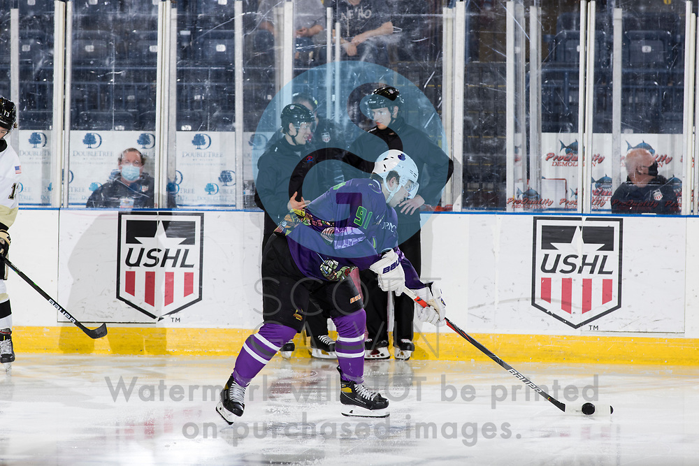 The Youngstown Phantoms defeat the Muskegon Lumberjacks 4-3 in overtime at the Covelli Centre on April 17, 2021.<br /> <br /> Grant Hindman, defenseman, 91