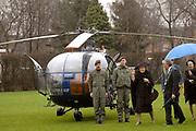 Presentatie DVD Europe is Us aan de Koningin op het Marnix College in Ede. De DVD gaat over Europa en is gemaakt door leerlingen van het Marnix College.<br /> <br /> <br /> <br /> Presentation Europe is Us DVD to Queen Beatrix on the Marnix College School in Ede. THe DVD is made by students of the Marnix College and has as subject Europe.<br /> <br /> <br /> <br /> Op de foto/ On the photo:<br /> <br /> <br /> <br />  De koningin arriveert per helikopter / The Queen arrives with a Helicopter