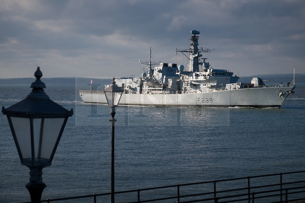 © Licensed to London News Pictures. 05/10/2016. Portsmouth, Hampshire, UK.  The Type 23 Frigate, HMS Richmond (F239), returning to her home port of Portsmouth this morning, following a trip to Den Helder in The Netherlands. The warship is believed to have been conducting routine training. Photo credit: Rob Arnold/LNP