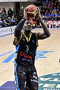 DESCRIZIONE : Campionato 2014/15 Serie A Beko Dinamo Banco di Sardegna Sassari - Upea Capo D'Orlando<br /> GIOCATORE : Dario Hunt<br /> CATEGORIA : Tiro Penetrazione<br /> SQUADRA : Upea Capo D'Orlando<br /> EVENTO : LegaBasket Serie A Beko 2014/2015<br /> GARA : Dinamo Banco di Sardegna Sassari - Upea Capo D'Orlando<br /> DATA : 22/03/2015<br /> SPORT : Pallacanestro <br /> AUTORE : Agenzia Ciamillo-Castoria/L.Canu<br /> Galleria : LegaBasket Serie A Beko 2014/2015