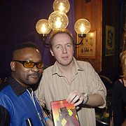 Uitreiking populariteitsprijs 2002, Marcel van Ben en  Edwin Evers
