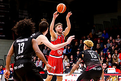 Mike Vigor of Bristol Flyers shoots - Photo mandatory by-line: Robbie Stephenson/JMP - 11/01/2019 - BASKETBALL - Leicester Sports Arena - Leicester, England - Leicester Riders v Bristol Flyers - British Basketball League Championship