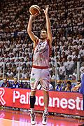 DESCRIZIONE : Campionato 2014/15 Serie A Beko Grissin Bon Reggio Emilia -  Dinamo Banco di Sardegna Sassar Finale Playoff Gara1<br /> GIOCATORE : Ojars Silins<br /> CATEGORIA : Tiro Tre Punti Three Point<br /> SQUADRA : Grissin Bon Reggio Emilia<br /> EVENTO : LegaBasket Serie A Beko 2014/2015<br /> GARA : Grissin Bon Reggio Emilia - Dinamo Banco di Sardegna Sassari Finale Playoff Gara1<br /> DATA : 14/06/2015<br /> SPORT : Pallacanestro <br /> AUTORE : Agenzia Ciamillo-Castoria/GiulioCiamillo