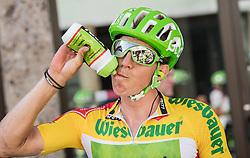 05.07.2017, Altheim, AUT, Ö-Tour, Österreich Radrundfahrt 2017, 3. Etappe von Wieselburg nach Altheim (226,2km), im Bild Sep Vanmarcke (BEL, Cannondale-Drapac Pro Cycling Team) im gelben Trikot // Sep Vanmarcke of Belgium (Cannondale-Drapac Pro Cycling Team) wearing the yellow jersey during the 3rd stage from Wieselburg to Altheim (199,6km) of 2017 Tour of Austria. Altheim, Austria on 2017/07/05. EXPA Pictures © 2017, PhotoCredit: EXPA/ Reinhard Eisenbauer