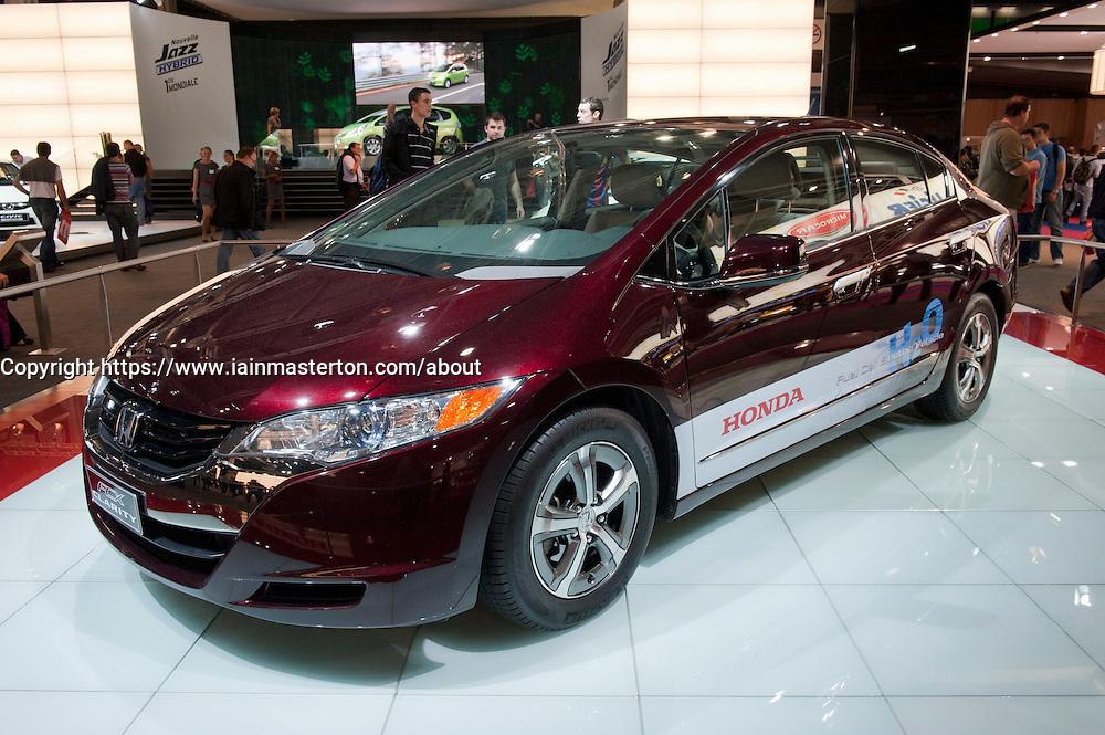 Honda Hydrogen fuel cell Clarity car at Paris Motor Show 2010