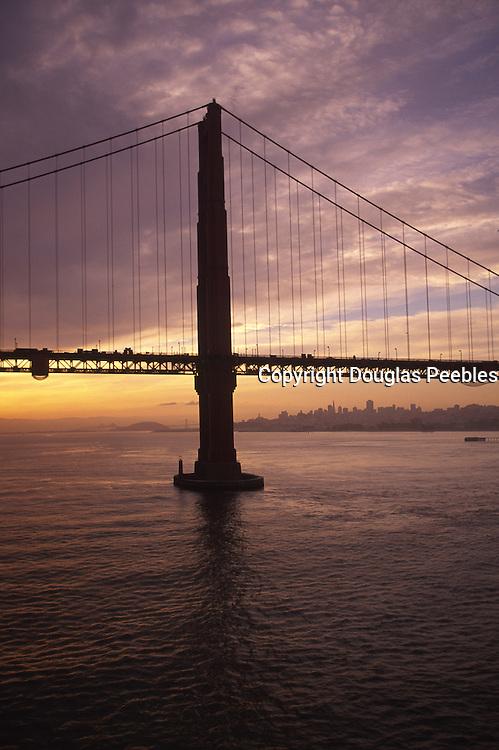 Golden Gate Bridge, San Francisco, California<br />