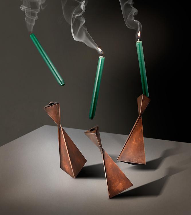 Tom Faulkner - AVA Candlesticks In Motion.