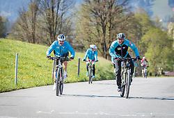 05.05.2016, Kitzbuehler Horn, Kitzbuehel, AUT, OeSV, Skisprung, Lehrgang Mountainbike Tour, im Bild Christoph Probst, Andreas Widhoelzl // Christoph Probst, Andreas Widhoelzl during a mountain bike ride of the Austrian ski jumping Team at the Kistbuehler Horn, Kitzbuehel, Austria on 2016/05/05. EXPA Pictures © 2016, PhotoCredit: EXPA/ JFK