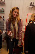 Cat Deeley, Matthew Williamson shop opening, 28 Bruton St. 28 April 2004. ONE TIME USE ONLY - DO NOT ARCHIVE  © Copyright Photograph by Dafydd Jones 66 Stockwell Park Rd. London SW9 0DA Tel 020 7733 0108 www.dafjones.com