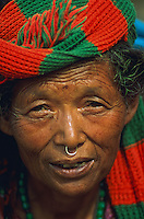 Nepal, region des Annapurna, femme d'ethnie Gurung. // Nepal, Annapurna area, woman from Gurung ethnic group.