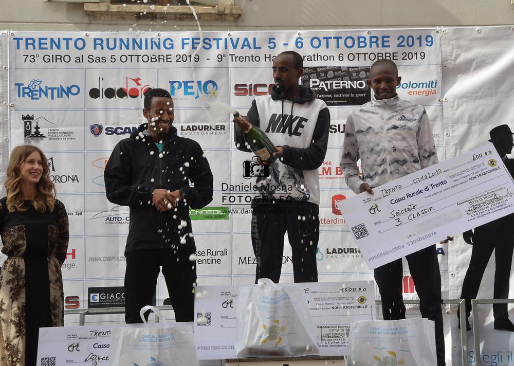 9ª Semi Maratona di Trento Half Marathon - 6 ottobre 2019 –  Corsa su strada internazionale -  06.10.2019, Trento, Trentino, Italia. Podium, vittoria per Mosisa<br /> © Daniele Mosna WWW.DANIELEMOSNA.IT