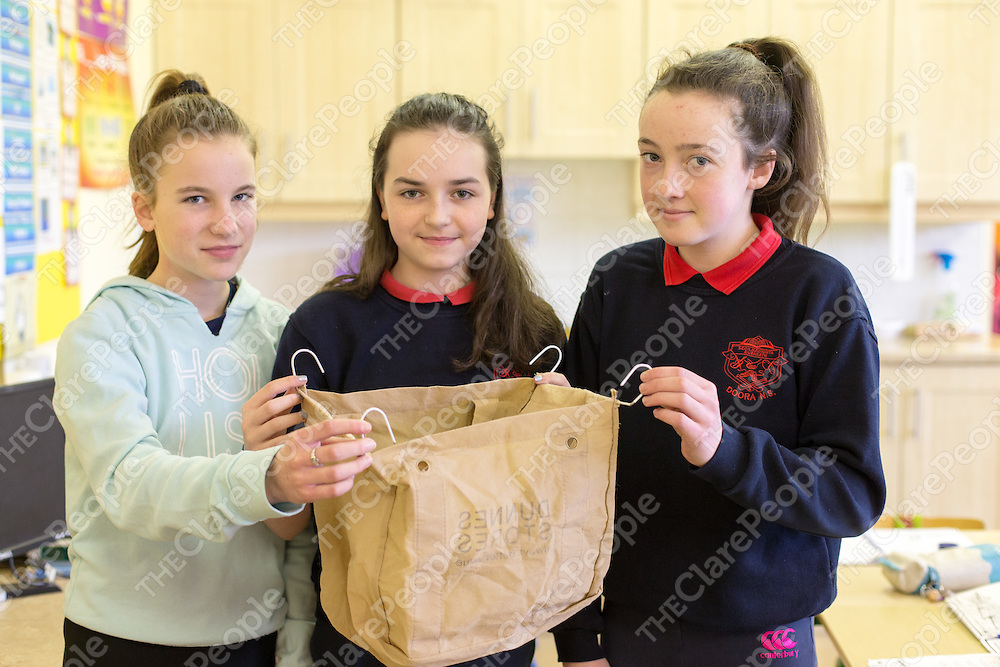 Orla Rafferty, Kate Sheehan and Laura Coleman with their idea 'Trolley Bag'