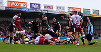 Exeter players celebrate after Exeter Chiefs' Don Armand scores<br /> <br /> Photographer Bob Bradford/CameraSport<br /> <br /> Gallagher Premiership - Exeter Chiefs v Northampton Saints - Saturday 18th May 2019 - Sandy Park - Exeter<br /> <br /> World Copyright © 2019 CameraSport. All rights reserved. 43 Linden Ave. Countesthorpe. Leicester. England. LE8 5PG - Tel: +44 (0) 116 277 4147 - admin@camerasport.com - www.camerasport.com