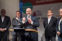 25 SEP 2017, BERLIN/GERMANY:<br /> Harald Christ, Schatzmeister SPD Wirtschaftsforum, Thomas Oppermann, MdB, SPD, scheidender Fraktionsvorsitzender, Martin Schulz, SPD Parteivorsitzender, Johannes Kahrs, MdB, SPD, Sprecher Seeheimer Kreis, Dagmar Ziegler, MdB, SPD, Sprecherin Seeheimer Kreis, (v.L.n.R.), Gartenfest des Seeheimer Kreises der SPD, Garten der Deutsche Parlamentarischen Gesellschaft<br /> IMAGE: 20170925-01-130<br /> KEYWORDS: Sommerfest, Rede, speech
