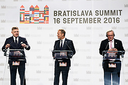 BRATISLAVA, Sept. 16, 2016 (Xinhua) -- (L to R) Slovak Prime Minister Robert Fico, European Council President Donald Tusk and European Commission President Jean-Claude Juncker attend a press conference after the informal EU summit held in Bratislava, Slovakia, Sept. 16, 2016. Member states of the European Union(EU) have issued a joint declaration here on Friday, formulating a road map for the bloc to tackle a number of challenges, said Slovak Prime Minister Robert Fico. (Xinhua/Andrej Klizan) (Credit Image: © Andrej Klizan/Xinhua via ZUMA Wire)