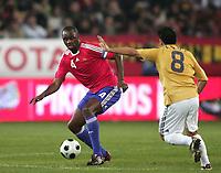 Fotball<br /> Frankrike<br /> Foto: DPPI/Digitalsport<br /> NORWAY ONLY<br /> <br /> FOOTBALL - FRIENDLY GAME 2007/2008 - SPAIN v FRANCE - 06/02/2008 - PATRICK VIEIRA (FRA) / XAVI (SPA) <br /> <br /> Frankrike v Spania