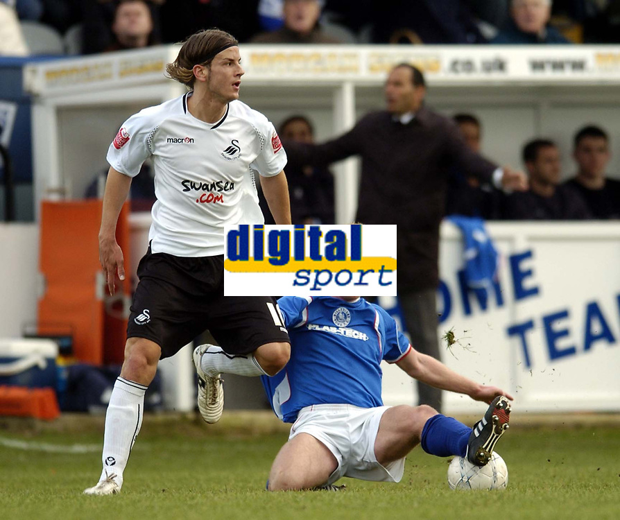 Photo: Olly Greenwood/Sportsbeat Images.<br />Billericay Town v Swansea City. The FA Cup. 10/11/2007. Swansea's Andrea Orlandi and Billericay's Danny Kerrigan