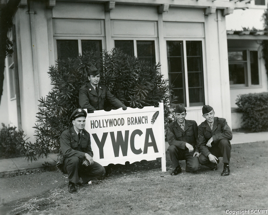 1952 Servicemen pose in front of the Hollywood YWCA clubhouse at 6927 Hawthorn St.
