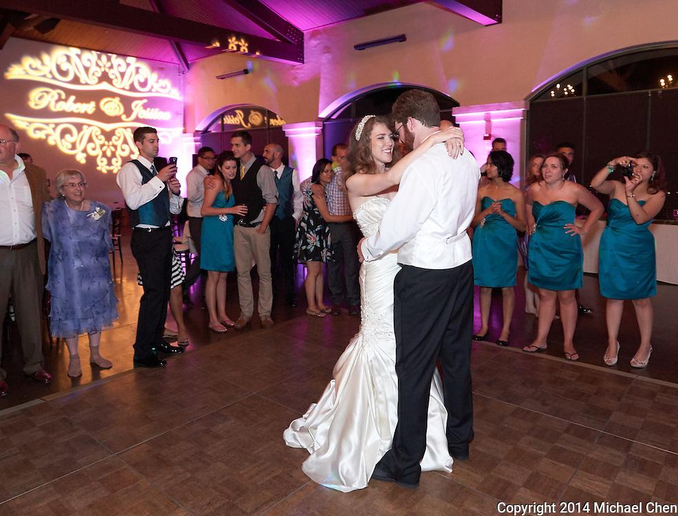 07/04/2013 -- Jessica & Bobby Wedding -- Jessica & Bobby Wedding at Bridges Golf Course in San Ramon, Calif.<br /> <br /> Photos by Michael Chen<br /> <br /> Copyright 2013 Michael Chen