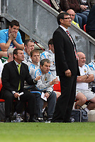 Photo: Sportsbeat Images.<br />Wigan Athletic v Fulham. The FA Barclays Premiership. 15/09/2007.<br />Wigan Manager Chris Hutchings (L) and Fulham manager Lawrie Sanchez