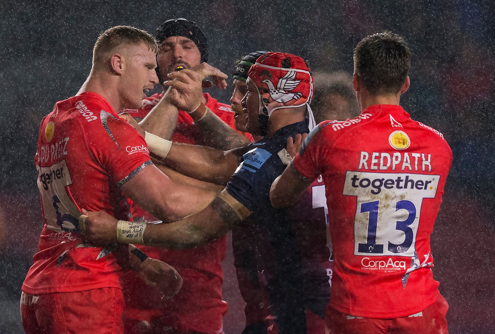Sale Sharks' Jean-Luc du Preez and Bristol Bears' Siale Piutau have words with each other<br /> <br /> Photographer Bob Bradford/CameraSport<br /> <br /> Gallagher Premiership - Harlequins v Bristol Bears - Saturday 26th October 2019 - Twickenham Stoop - London<br /> <br /> World Copyright © 2019 CameraSport. All rights reserved. 43 Linden Ave. Countesthorpe. Leicester. England. LE8 5PG - Tel: +44 (0) 116 277 4147 - admin@camerasport.com - www.camerasport.com