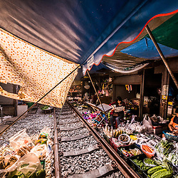 Thailand - Maeklong Train Market