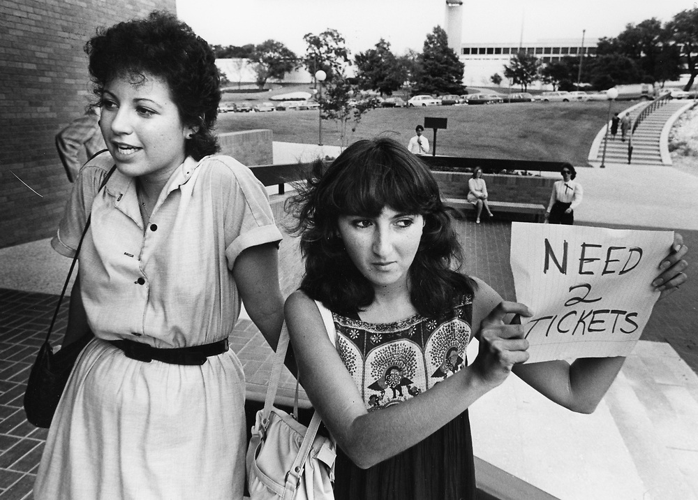 ©1986 Opera buffs looking for tickets to a sold out show, Austin, TX