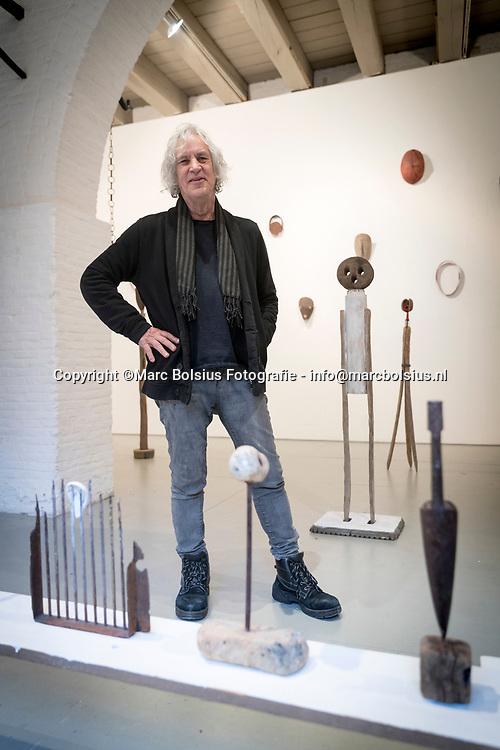 Nederland,  Den Bosch, curator van de ruimtes met kunst in het kruithuis, Jan Radersma