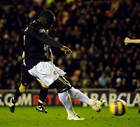 Photo: Jed Wee/Sportsbeat Images.<br /> Sunderland v Manchester United. The FA Barclays Premiership. 26/12/2007.<br /> <br /> Manchester United's Louis Saha scores from the penalty spot.