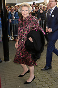 Koningsdagconcert in Theaters Tilburg / King's concert in Theaters Tilburg<br /> <br /> op de foto / On the photo: <br /> <br />  prinses Beatrix