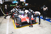 June 12-17, 2018: 24 hours of Le Mans. 7 Toyota Racing, Toyota TS050 Hybrid, Mike Conway, Kamui Kobayashi, Jose Maria Lopez , pitstop