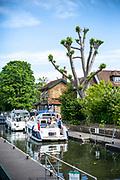 Maidenhead, Berkshire, United Kingdom, Wednesday, 02/06/2021, General View, Please Cruiser waiting in Boulters Lock, Thames Valley, [Mandatory Credit; Pete Spurrier],