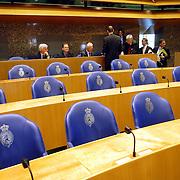 NLD/Den Haag/20070412 - Visit of Mr. Hans-Gert Pöttering, president of the European parliament to The Hague, visiting the second chamber of the Dutch parliament..NLD/Den Haag/20070412 - President Europees Parlement Hans-Gert Pöttering bezoekt Den Haag, bezoek aan de 2de kamer.  ** foto + verplichte naamsvermelding Brunopress/Edwin Janssen  **