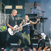WASHINGTON, D.C. - April 18th, 2015 - Tom Dumont, Gwen Stefani and Gabe McNair of No Doubt performs at the Global Citizen 2015 Earth Day concert on the National Mall in Washington, D.C. (Photo by Kyle Gustafson / For The Washington Post)
