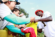 January 28 2016: Atlanta Falcons wide receiver Julio Jones signs autographs after the Pro Bowl practice at Turtle Bay Resort on North Shore Oahu, HI. (Photo by Aric Becker/Icon Sportswire)