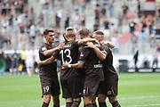 Fussball: 2. Bundesliga, FC St. Pauli - Holstein Kiel, Hamburg, 25.07.2021<br /> Jubel von St. Pauli nach dem Treffer zum 3:0<br /> © Torsten Helmke