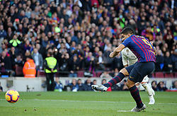 October 28, 2018 - Barcelona, Catalonia, Spain - Luis Suarez scores during the match between FC Barcelona and Real Madrid CF, corresponding to the week 10 of the Liga Santander, played at the Camp Nou, on 28th October 2018, in Barcelona, Spain. (Credit Image: © Joan Valls/NurPhoto via ZUMA Press)