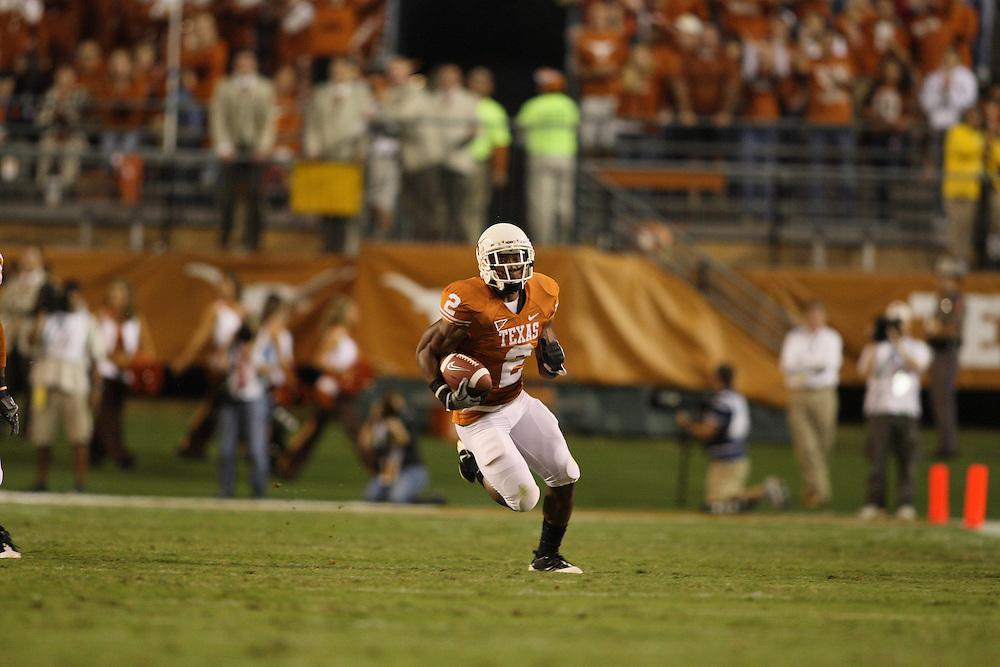 Vondrell McGee, #2 running back, Texas Longhorns. Missouri at Texas. Darrell K. Royal-Texas Memorial Stadium, Austin, Texas, Saturday, October 18, 2008. Photograph © 2008 Darren Carroll.