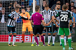 goalkeeper Bram Castro of Heracles Almelo during the Dutch Eredivisie match between Heracles Almelo and Feyenoord Rotterdam at Polman stadium on September 09, 2017 in Almelo, The Netherlands