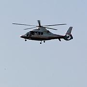 NLD/Thorn/20110430 - Koninginnedag 2011 in Thorn, aankomst deel Koninklijke Familie per helicopter